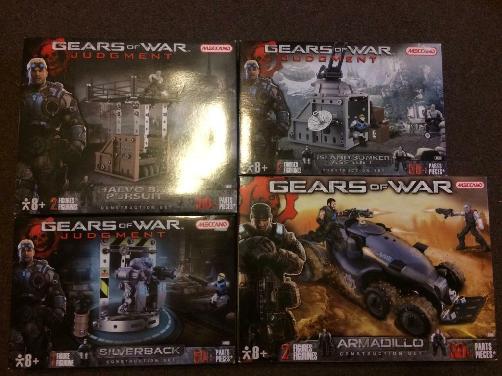 4 Gears Of War Meccano sets