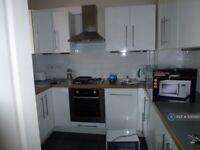 3 bedroom flat in Thames St, London, SE10 (3 bed) (#1130560)