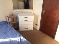 === single room with double bed available now === £120pw