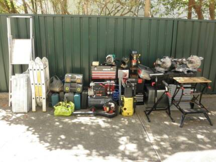 Need tools? Grab a bargain! Selling in 1 complete lot.