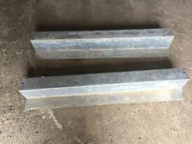 2X SBL200 LINTELS 1200MM LONG