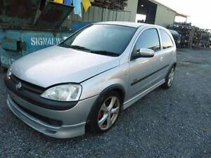 HOLDEN BARINA 2004- 3DR HATCHBACK- 5 SPEED MANUAL -TWIN CAM- Wingfield Port Adelaide Area Preview