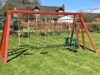 Climbing frame/swing/monkey bars