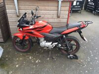 Honda 125 CBF Low mileage, heated grips and USB charger