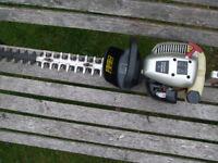 Spear & Jackson petrol hedge trimmer working £40.00