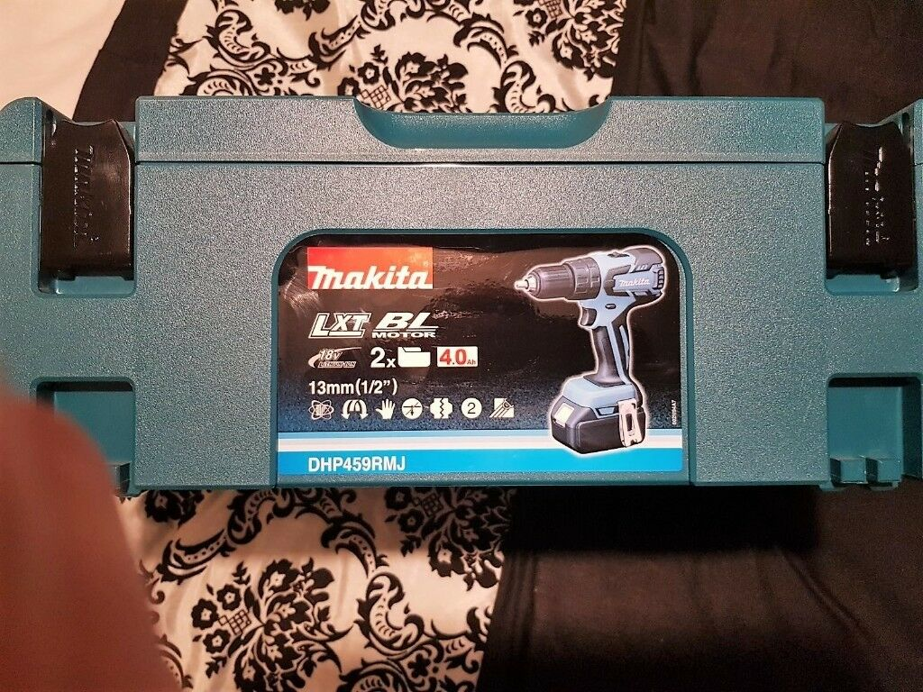 New Makita DHP459RMJ 18v Cordless li-ion 13mm Brushless 2-speed Combi Drill 2 x 4Ah Batteries