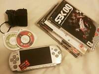 Sony psp 3000 Slim Silver 4gb + 5 games