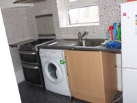 ST KATHERINE'S DOCKS/WAPPING, E1 *DSS WELCOME* GREAT 4 BEDROOM APARTMENT