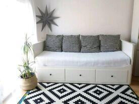 FREE DELIVERY Ikea Hemnes Day Bed with 2 Mattresses and 3 drawers Daybed Single pulls out to double
