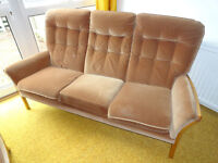 Parker Knoll 4 piece suite; recliner armchair; foot stool; 3 seater sofa Delivery poss in Edinburgh