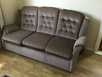 3 seater bed settee and a 3 seater settee and 2 matching armchairs