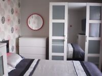 Double Room with Smart TV , ALL BILLS INCLUDED