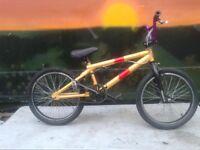 Mongoose BMX Bike 3 Piece Crank BIG BOLT Stunt Equipped Bike Cromo 4130