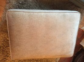 Gorgeous grey pouffe/ footstool - superb condition