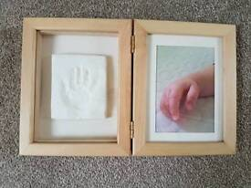 BABY DUAL PHOTO FRAME / CAST OR MOULD