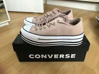Size 5 platform converse new in box