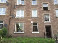 2 bed flat Dens Road, - MOVE IN NOW - NEW CARPETS - DSS CONSIDERED - NO UPFRONT DEPOSIT