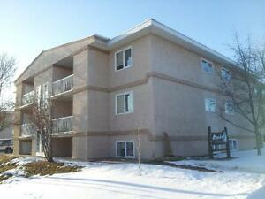 Mirror Lake Apartments -  Apartment for Rent Camrose