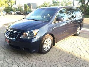 2010 Honda Odyssey SE|8 Passenger|Power Sliding Doors|DVD Player