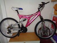 Pink dunlop disc 25 ladies / girls mountain bike