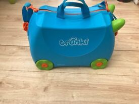 Kids Blue Trunki Suitcase TRUNKI
