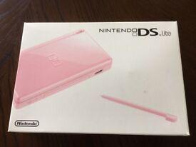 Nintendo DS lite plus 3 games