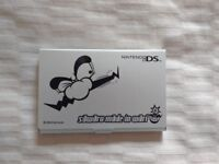 Compact metal 2 game holder for DS game cards