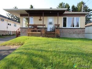 147 500$ - Bungalow à vendre à Alma Lac-Saint-Jean Saguenay-Lac-Saint-Jean image 1