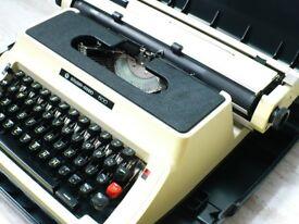 Vintage Typewriter Silver Reed(seiko) 500 Made in Japan