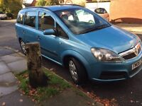Great vauxhall zafira 1.6 petrol 7seater mot next august very clean £999 no offers