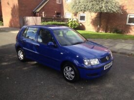 Volkswagen polo 1.4 engine (44,000 miles from new) absolute lovely car must be seen (1 owner)