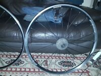 bargain for sell Mavic CXP22 700c wheel set front and rear bike 10 speed Shimano RS 622X15