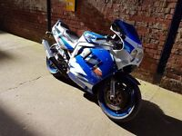 SUZUKI GSXR1100 WITH BANDIT 1200 ENGINE FITTED 12M MOT V5 IN MY NAME