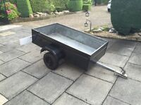 5ft x 3ft Box Trailer - Steel in good condition, includes a working trailer board (ONO)