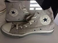 Converse all star boots size 4