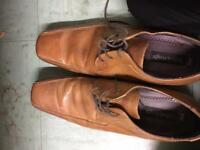 Brown shoes size 8 £5