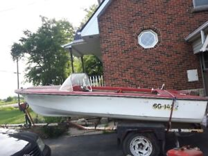 14ft boat and teailer