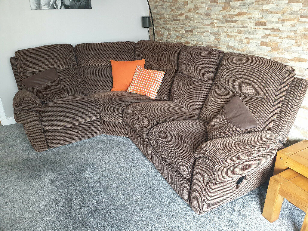 Prime La Z Boy Tamla 2 Corner Sofa With 2 Manual Recliners Lazyboy In Mansfield Woodhouse Nottinghamshire Gumtree Ocoug Best Dining Table And Chair Ideas Images Ocougorg