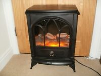 Flame effect free standing electric fire