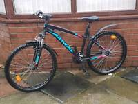 Btwin Rockrider 340 mountain bike