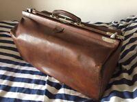 Large Gladstone doctors leather bag