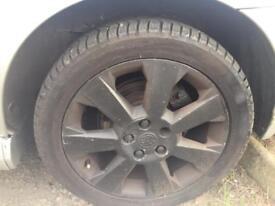 """17"""" vectra elite alloy wheels mint tyres"""