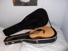 Yamaha FG700MS with Westfield hard case