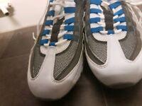 Nike men trainer still in good condition, original,