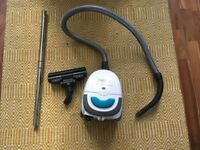 Broken Zanussi ZAN3002EL Compact Power hoover