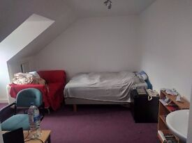 3 Bedroom Flat Available In Dundee City Center