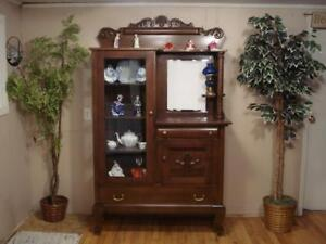 Curio Cabinets Antique Buy Or Sell Hutches Display Cabinets In