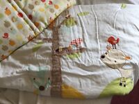 Mamas and papas cot bumper and quilt £20 call 07812980350