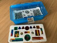 Carry case of Magnetix