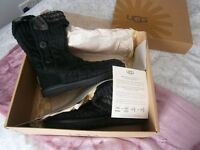 Brand new/ never worn, Black/ Charcoal cardy style Uggs UK size 4